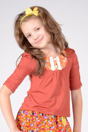 Girl's brown jersey top, style 0124